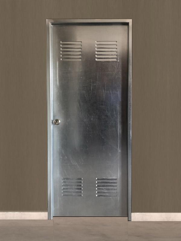 Puerta de trastero galvanizada 82x202 cm.
